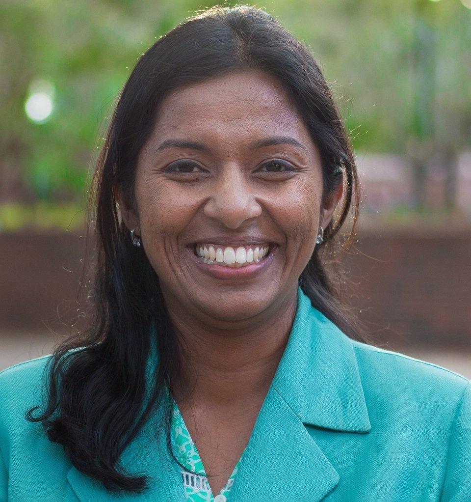 Lakshmi Balasubramanian dołącza do MakoLab US