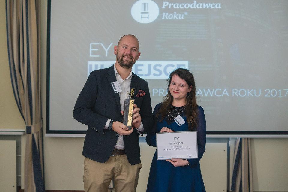 EY: III miejsce w raporcie Pracodawca Roku® 2017
