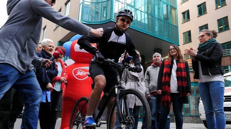 Michal-Korosciel-ruszyl-w-Polske-na-swoim-wiernym-rowerze.jpg