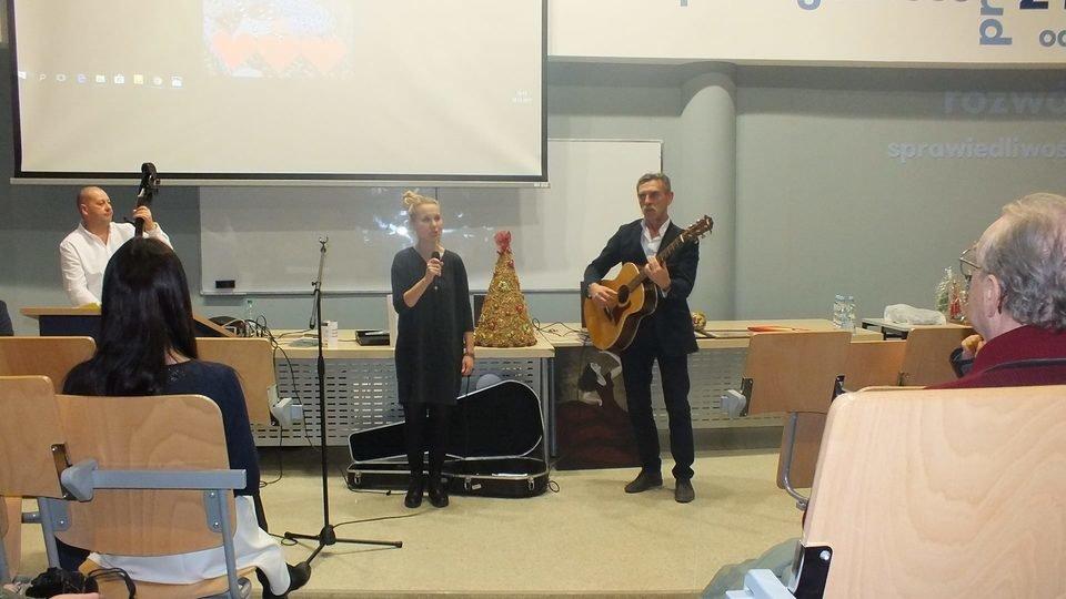 Koncert oraz aukcję przeprowadził Jacek Beszczyński