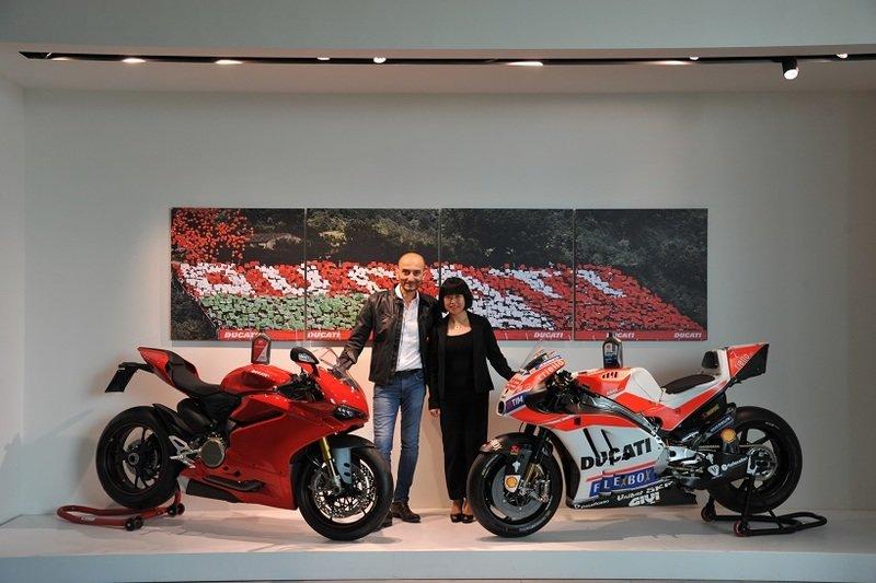 Partnerstwo_Shell_Ducati.jpg