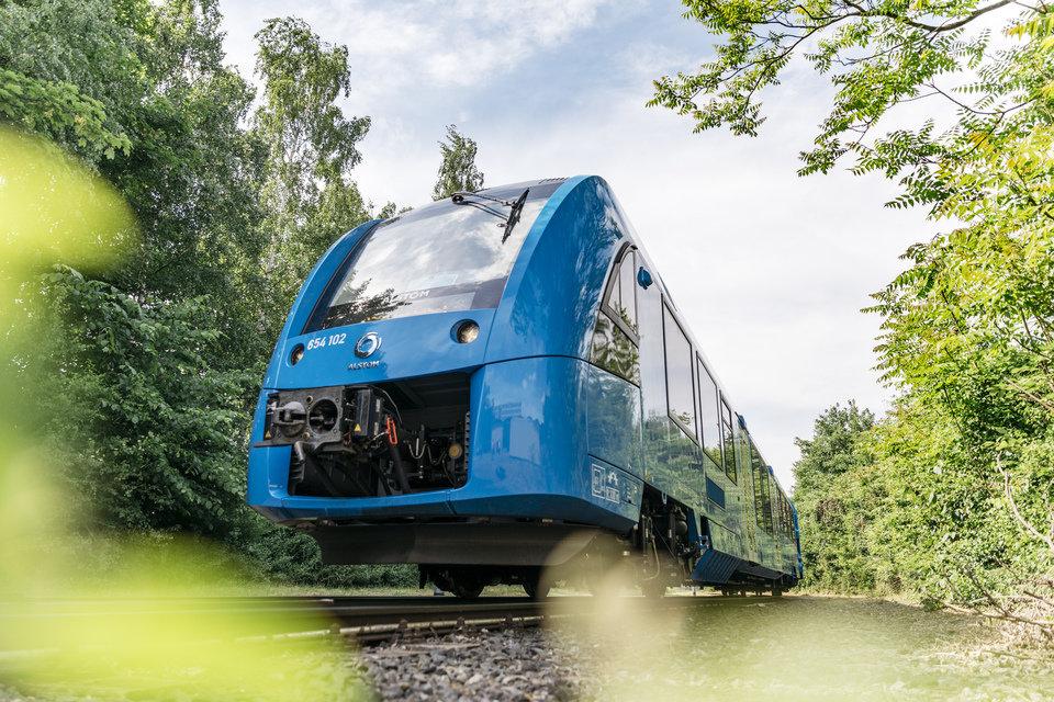 1.Coradia_iLint_May_2018_Copyright_Alstom_Rene_Frampe.jpg
