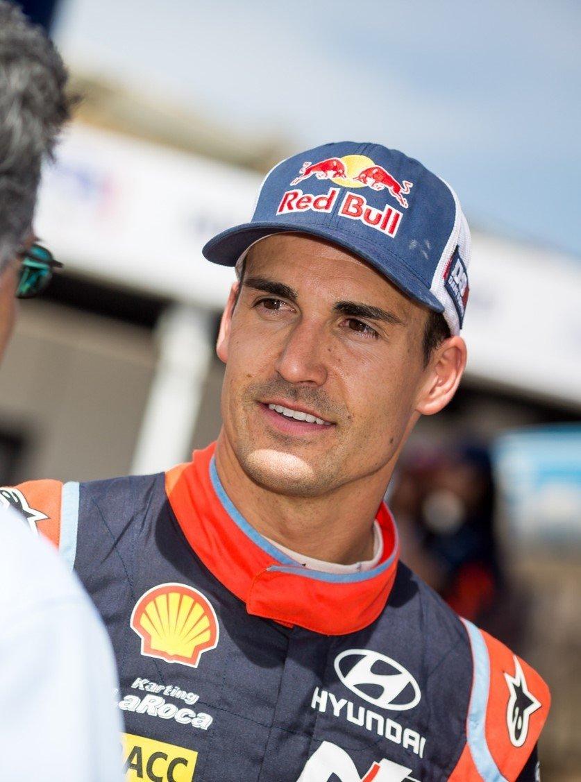 Dani Sordo, kierowca w zespole Hyundai Shell Mobis World Rally Team. Jeden z najbardziej doświadczonych kierowców Rajdowych Mistrzostw Świata FIA (WRC).