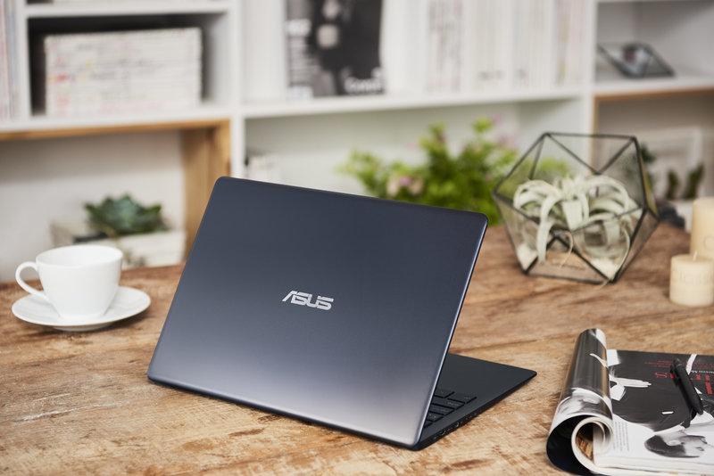 ZenBook 13_UX331UAL_Scenario photo_05.jpg