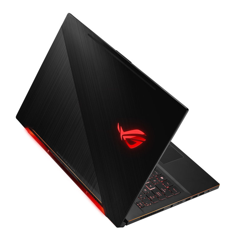 ROG_Zephyrus M_GM501_Product Photo_30_L.jpg