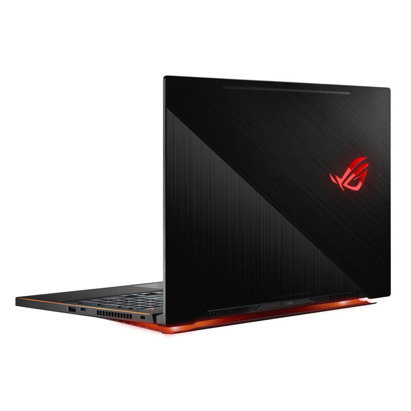 ROG_Zephyrus M_GM501_Product Photo_16_L.jpg