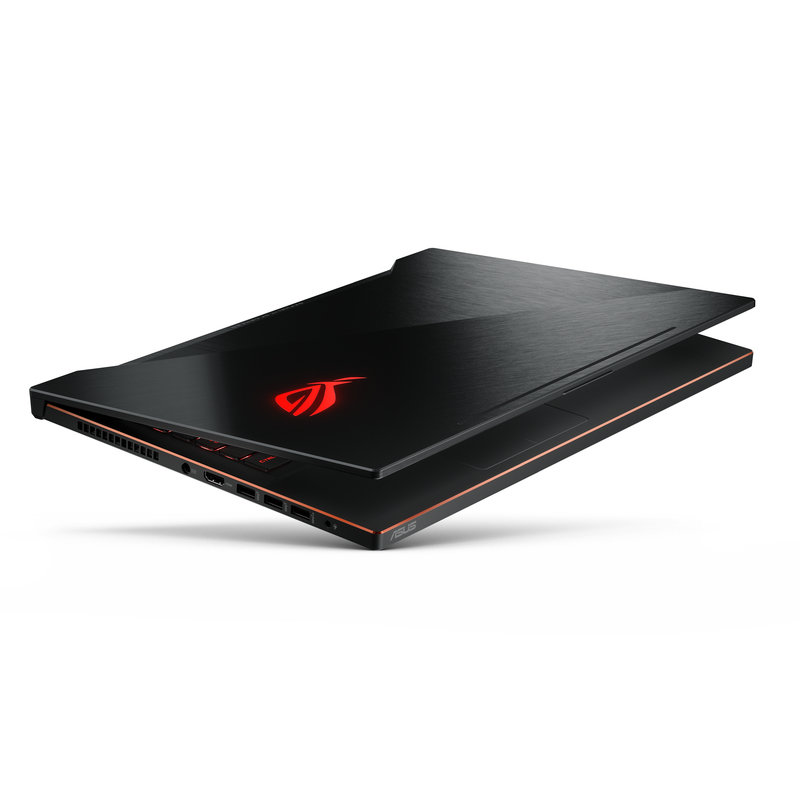 ROG Zephyrus M_ GM501_Product Photo_44_lighting.jpg
