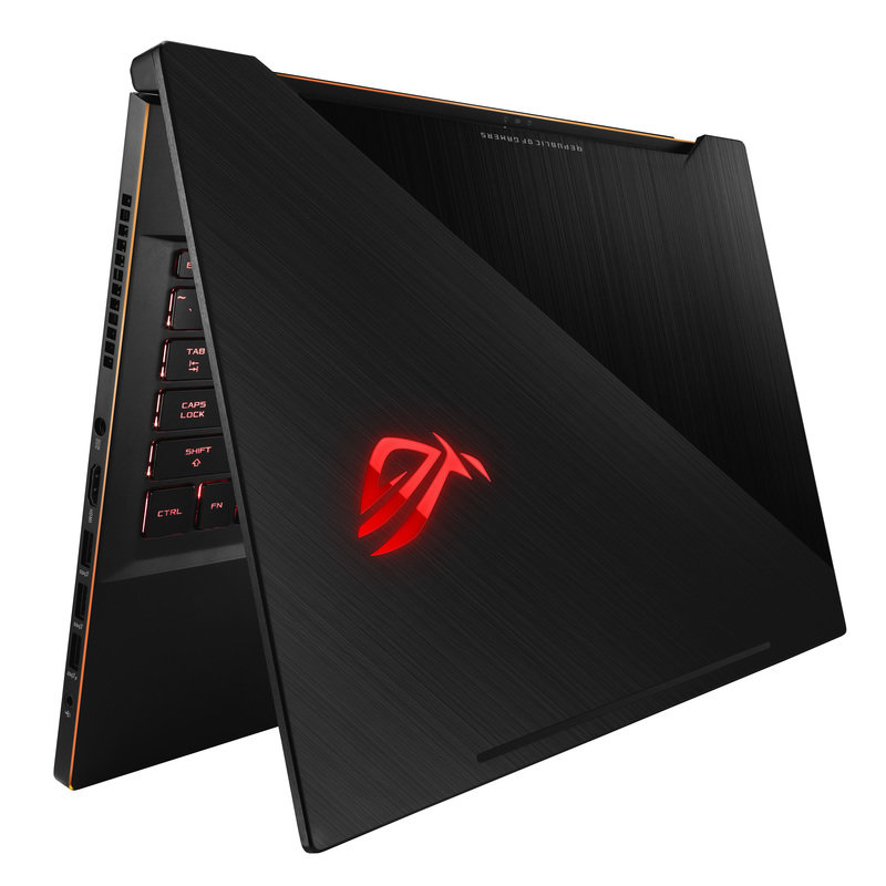 ROG_Zephyrus M_GM501_Product Photo_37_L.jpg
