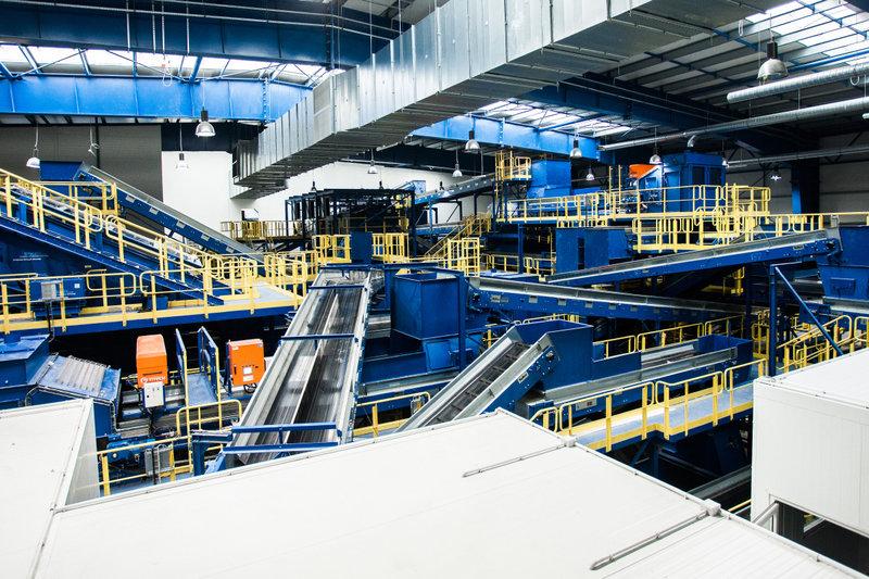 Wnętrze najnowocześniejszej w Polsce instalacji mechaniczno-biologicznego przetwarzania odpadów MBP_12.jpg