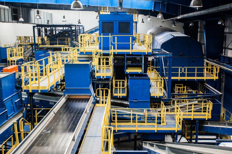 Wnętrze najnowocześniejszej w Polsce instalacji mechaniczno-biologicznego przetwarzania odpadów MBP_8.jpg