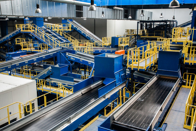 Wnętrze najnowocześniejszej w Polsce instalacji mechaniczno-biologicznego przetwarzania odpadów MBP_9.jpg