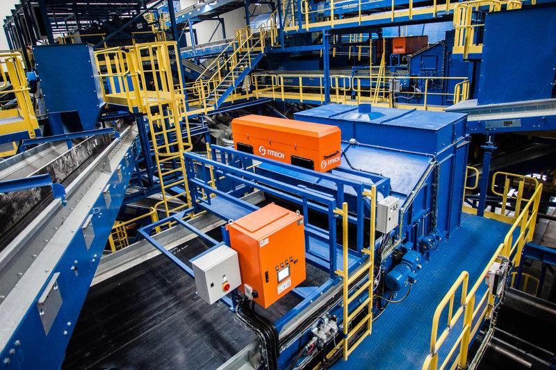 Wnętrze najnowocześniejszej w Polsce instalacji mechaniczno-biologicznego przetwarzania odpadów MBP_7.jpg