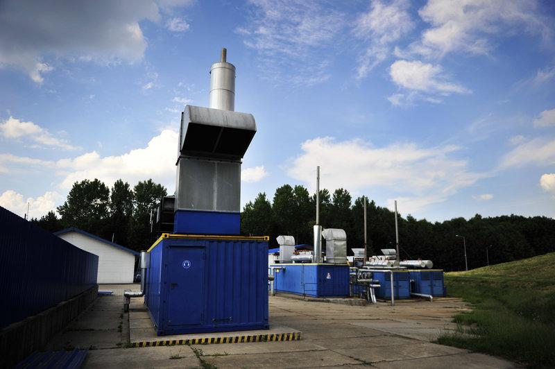 Bloki energytyczne - wytwarzają prąd z odpadów.jpg