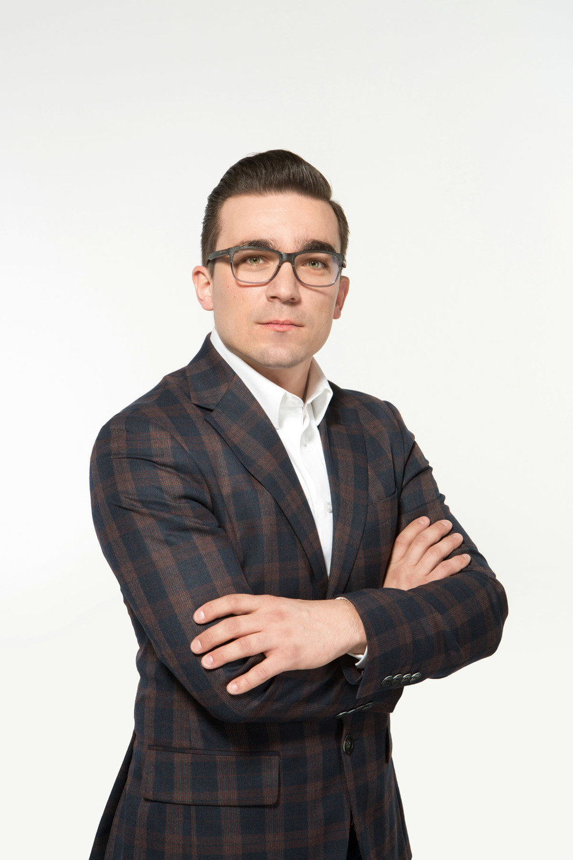 Arkadiusz Kuczmaszewski, Menedżer Kategorii Kuchnie w Black Red White