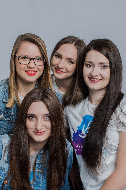 Projektor wolontariusze sesja balonowa - fot. A.Skorżyńska.JPG