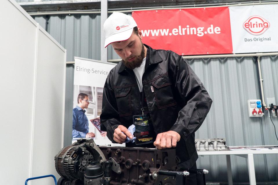 I Międzynarodowy Finał Konkursu Young Car Mechanic  (1).jpg