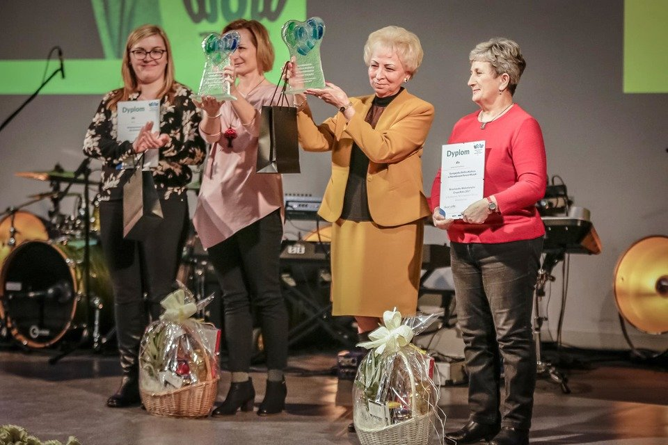 Laureaci konkursu: Wolontariusze AmRest dla SIEMACHA Spot Wrocław oraz grupa Europejska Stolica Kultury w Narodowym Forum Muzyki
