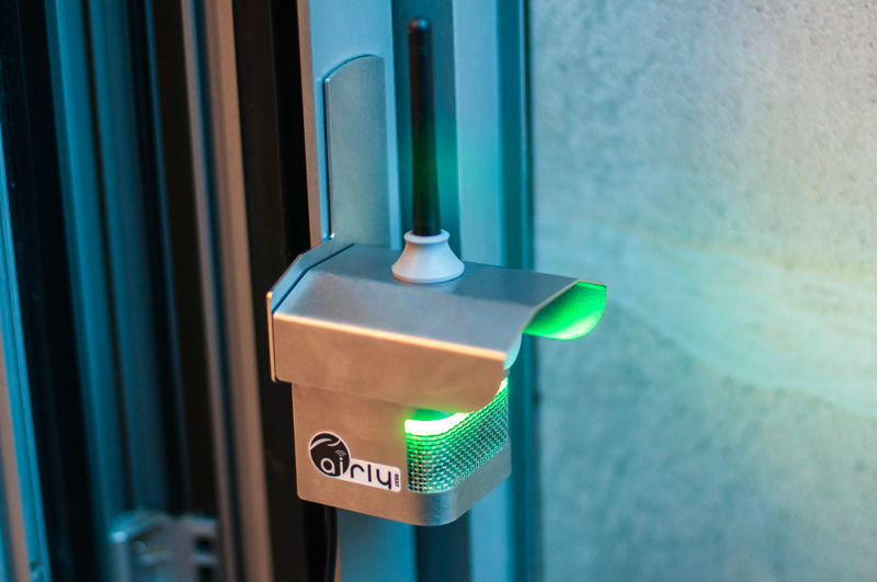 Airly - world's first urban network of air quality sensors