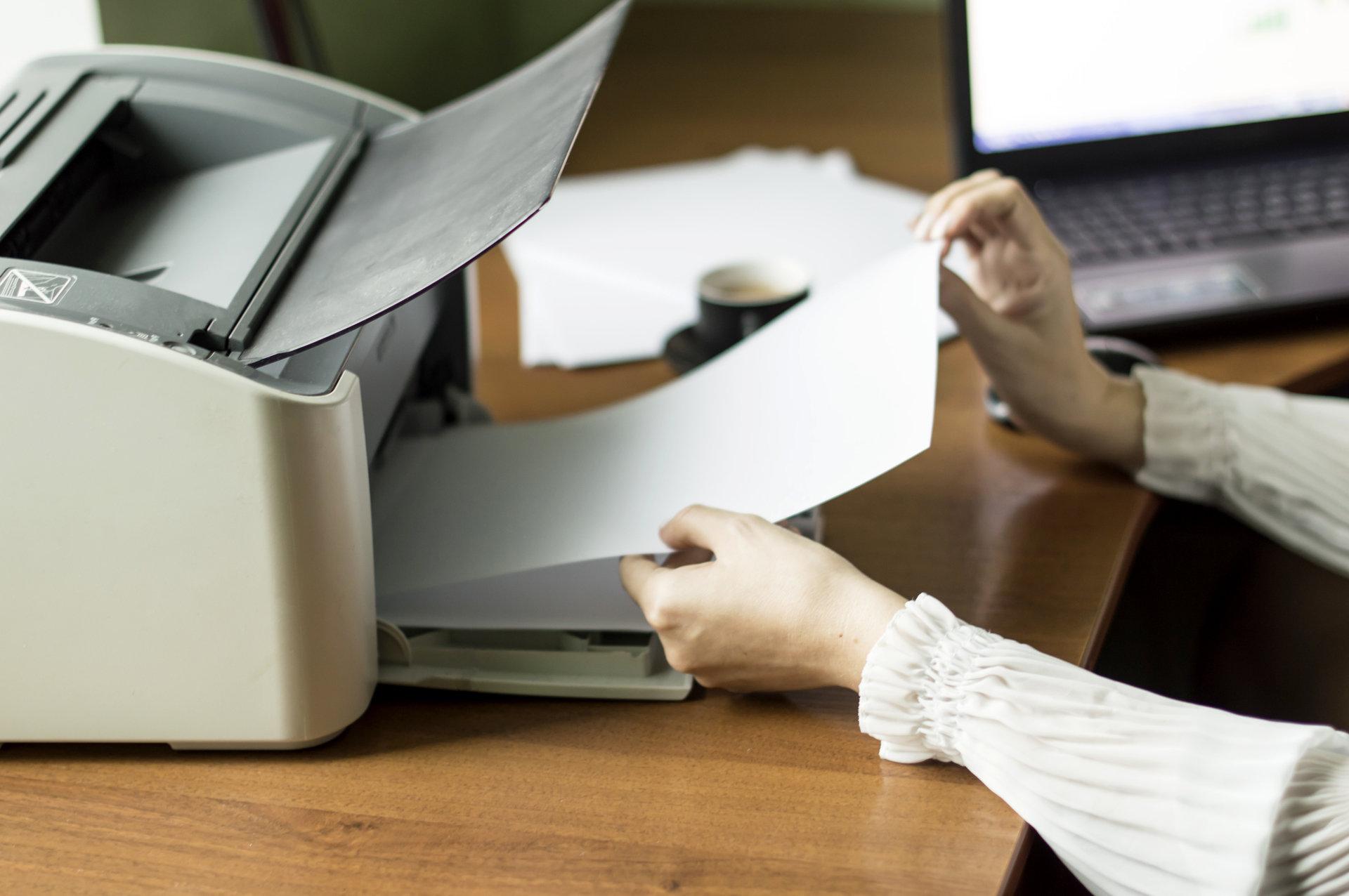 Laserowa czy atramentowa – dobierz drukarkę do swoich potrzeb