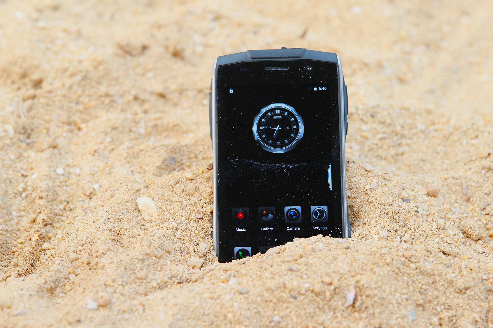 ZOJI Z6 – odporny smartfon w smukłej obudowie