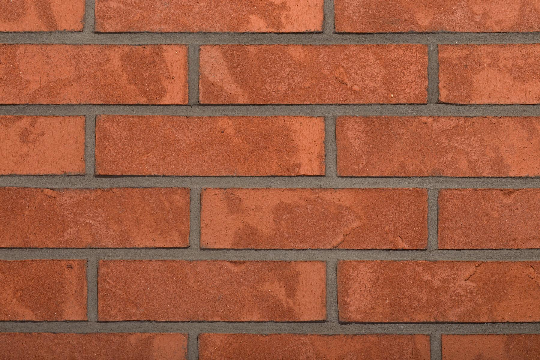 Nowe odcienie czerwieni w ofercie cegieł klinkierowych Wienerberger