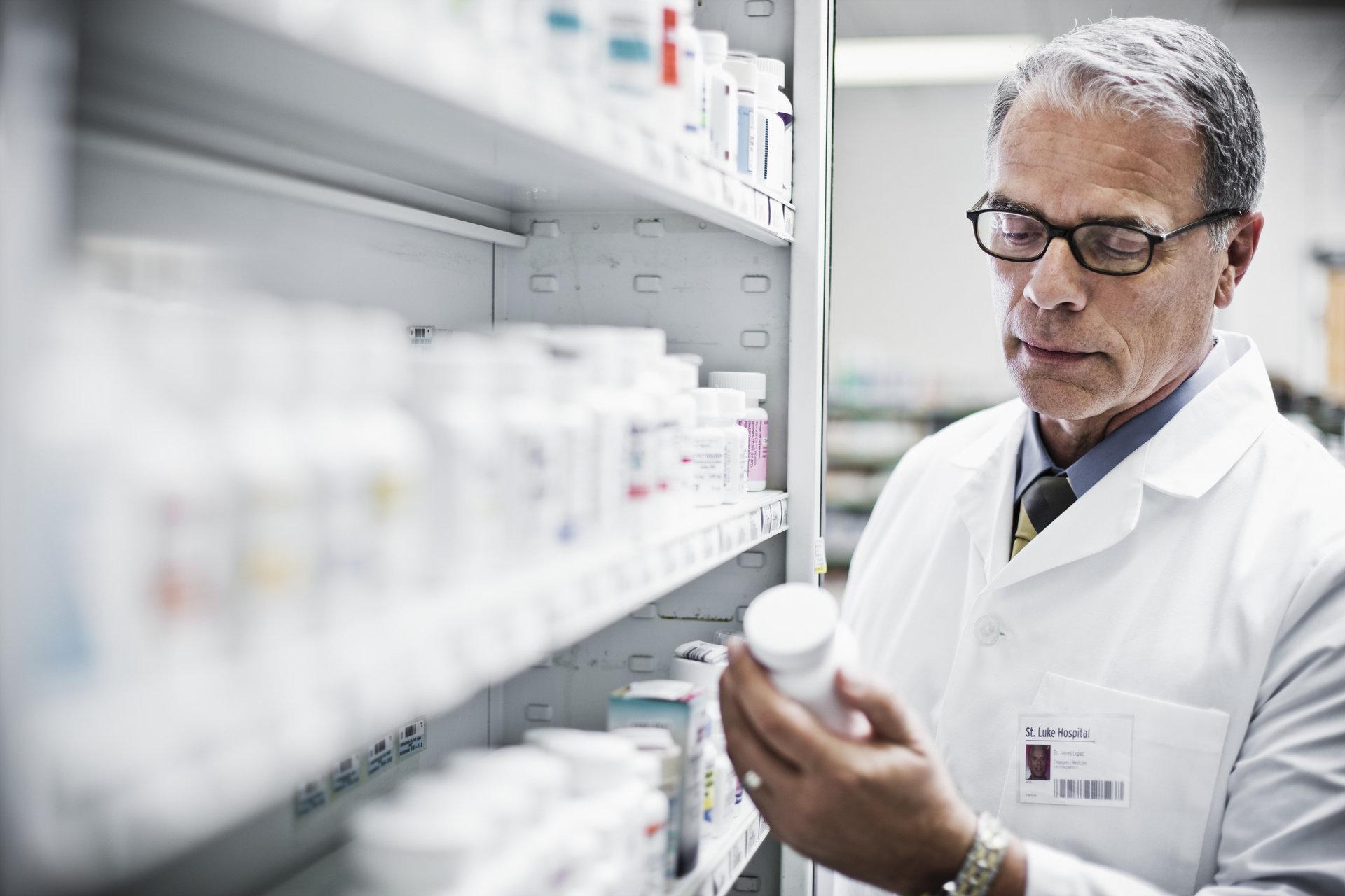RPO: Farmaceuta nie może oceniać stanowiska lekarza