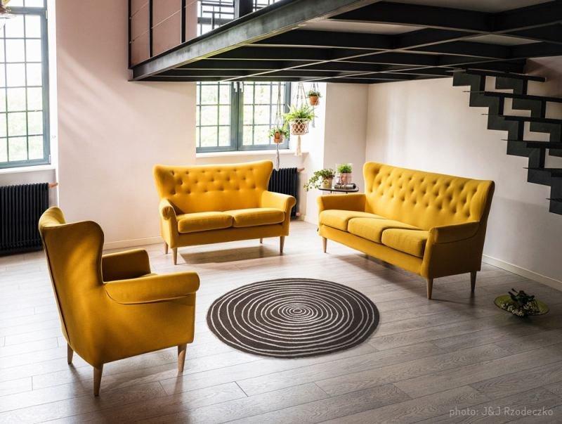 Mocny kolor w mieszkaniu – jak go wprowadzić?