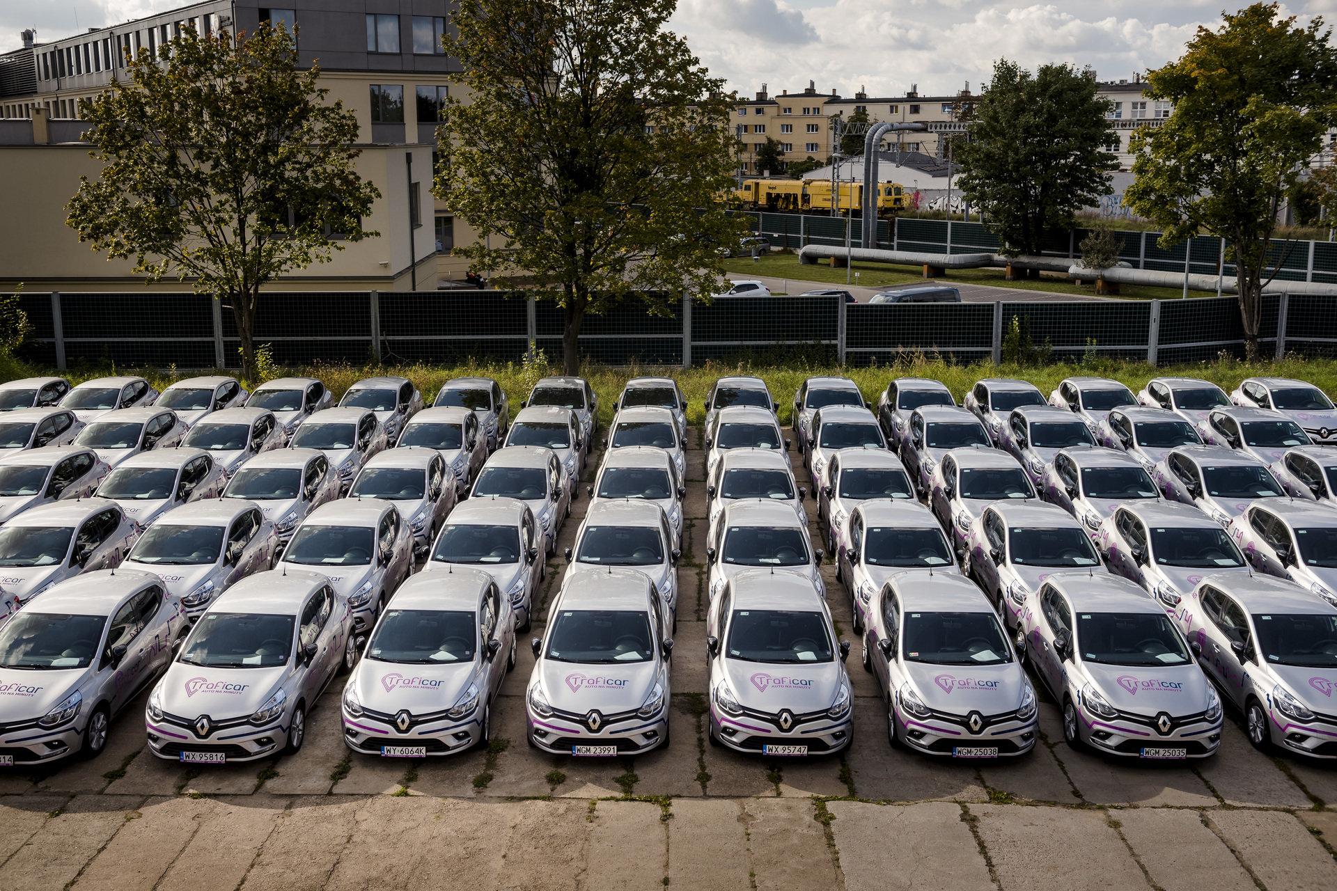 300 samochodów Traficara w Krakowie