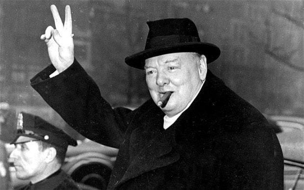 """Bądź jak Winston, czyli 4 lekcje dla PR-owców z filmu """"Czas mroku"""""""