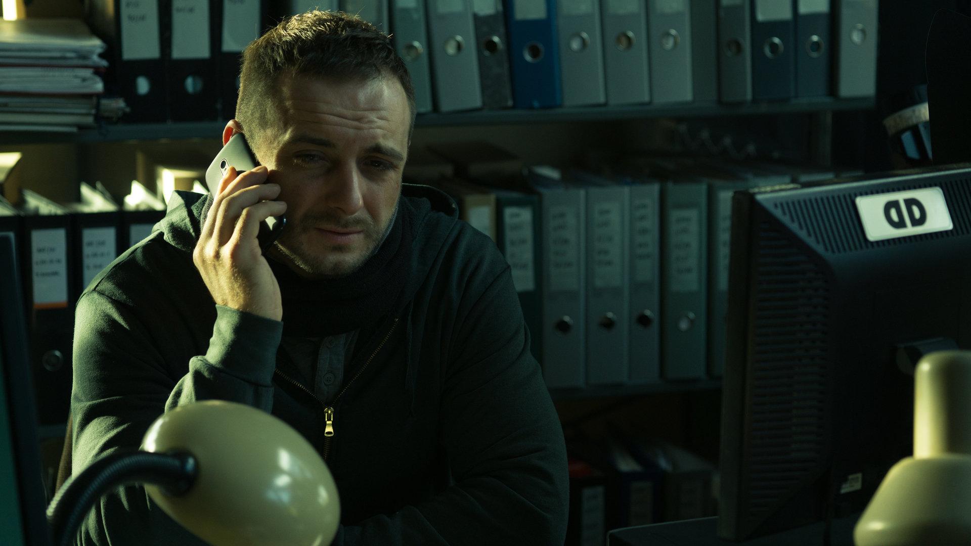"""Mocne otwarcie nowego serialowego thrillera produkcji CANAL+ """"KRUK. Szepty słychać po zmroku"""""""