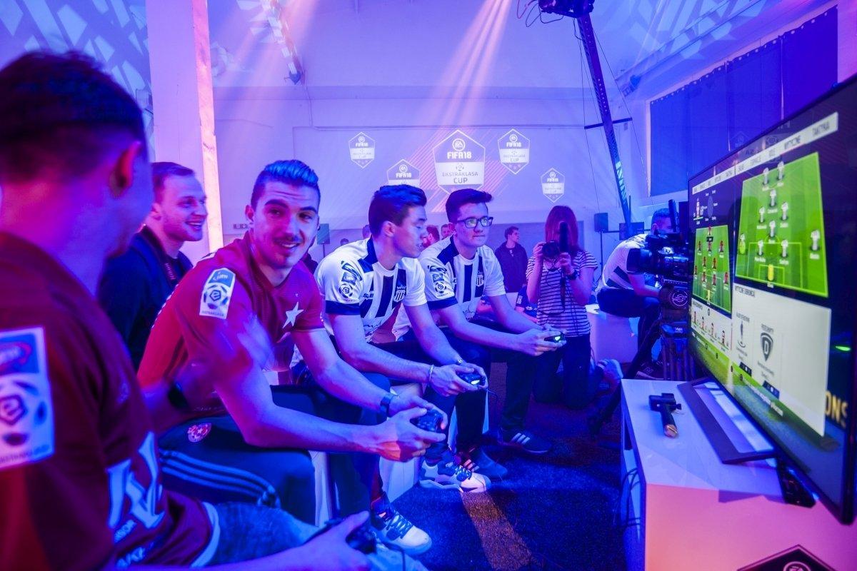 Cracovia wygrała EA SPORTS FIFA 18 Ekstraklasa Cup