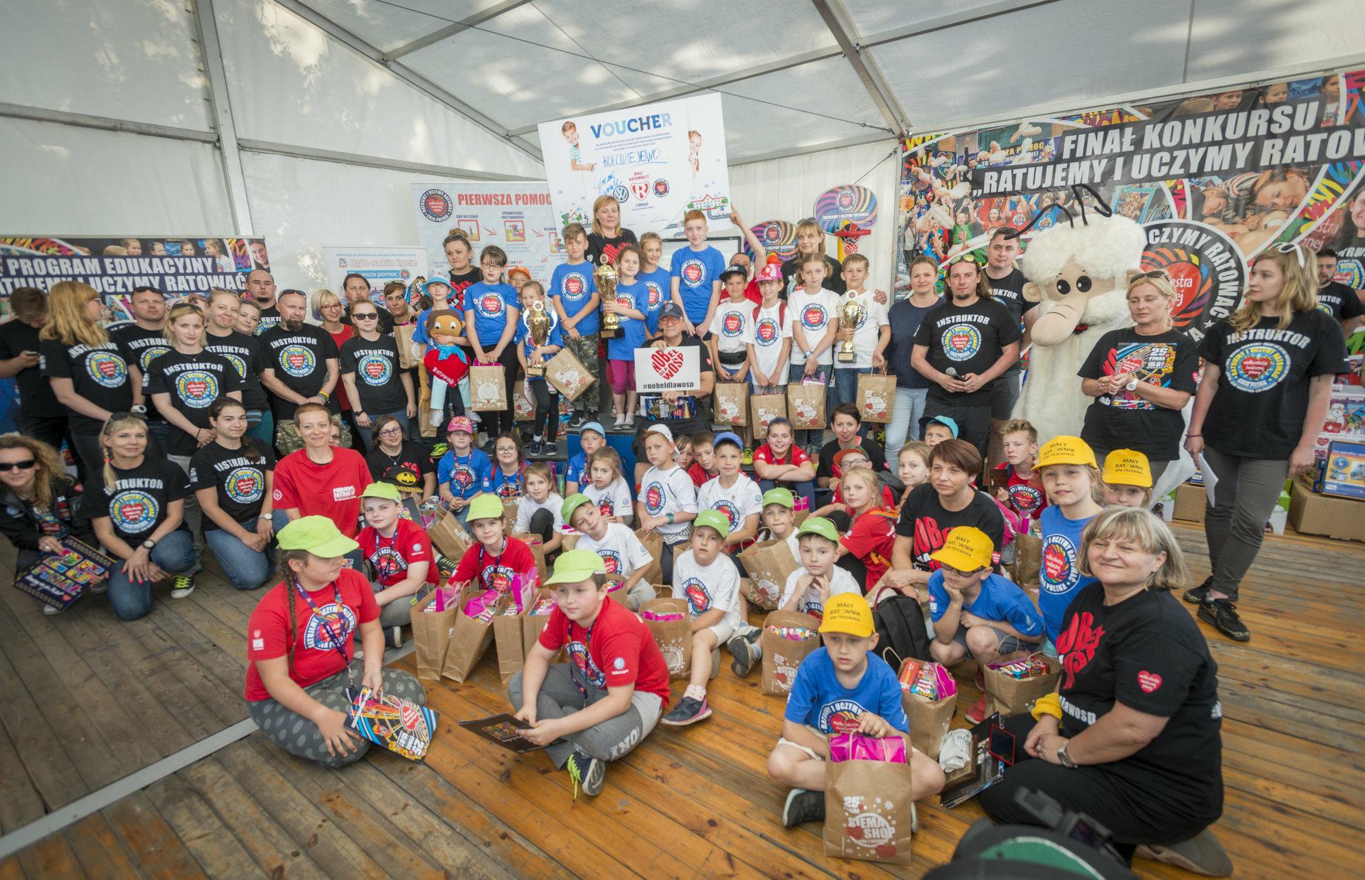 Prawie 50 szkół z całej Polski w drugim etapie konkursu WOŚP