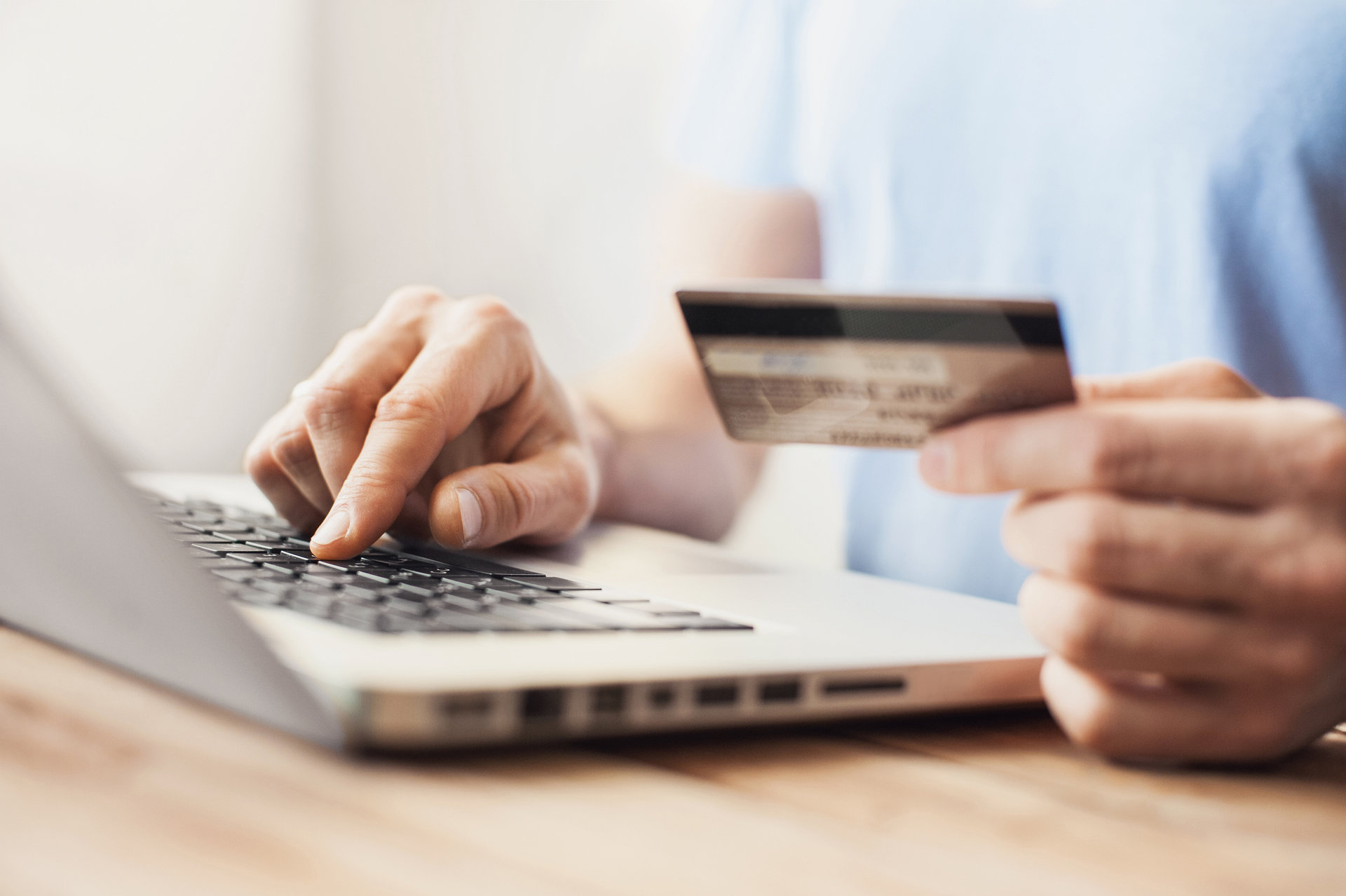 Buying online? Learn the golden rules of secure online payments