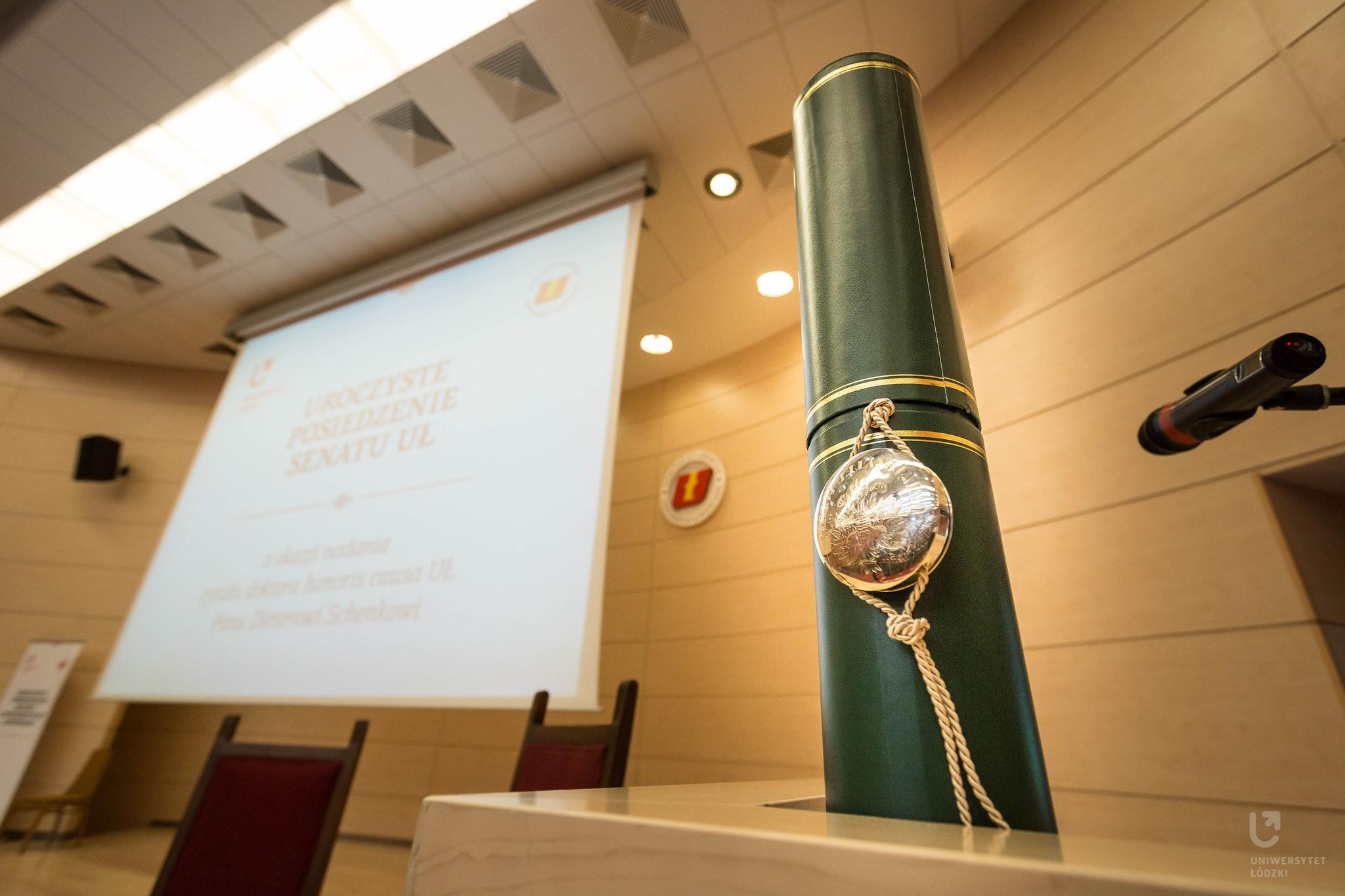 Doktorat honoris causa UŁ dla prof. Ryszarda Wójcickiego - Uniwersytet Łódzki