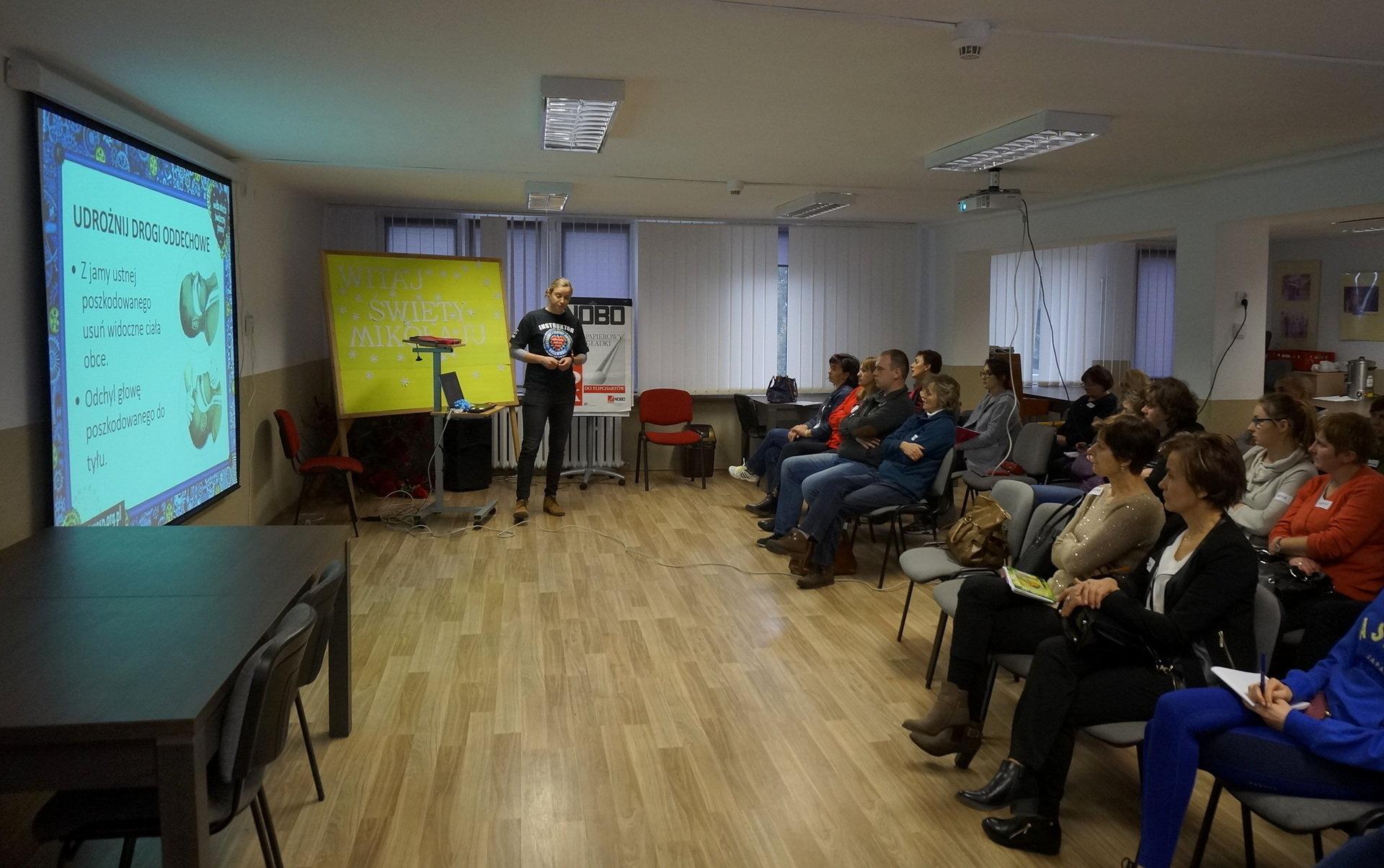 Instruktorzy WOŚP przeszkolili nauczycieli z pierwszej pomocy