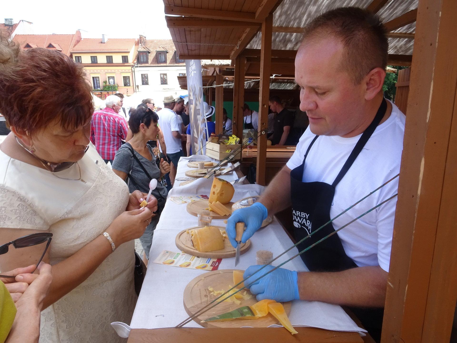 Czas dobrego sera i wina w Sandomierzu