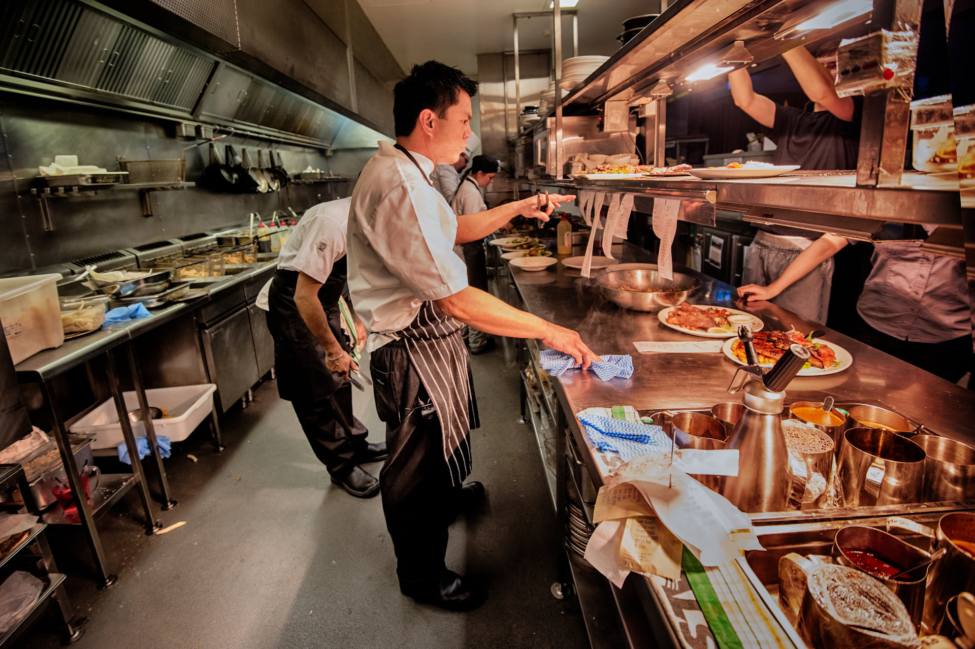 """Największe kuchnie… od kuchni. Zobaczcie, jakie """"Kulinarne wyzwania"""" czekają na szefów największych firm gastronomicznych"""