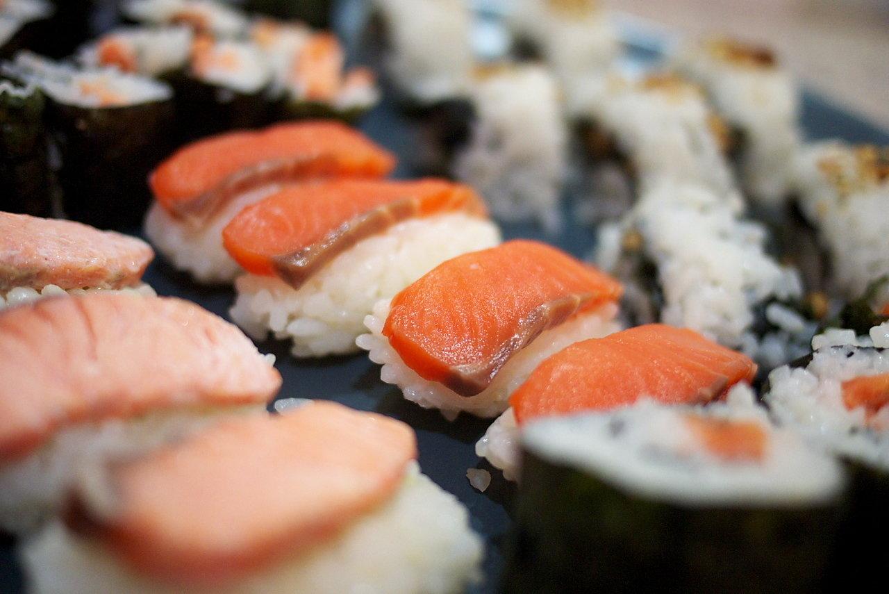 Polacy kochają sushi