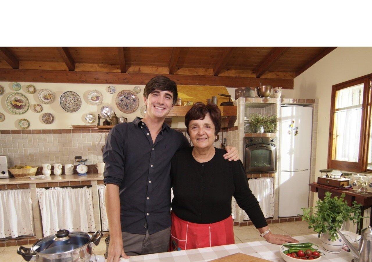 """Najlepsze rodzinne przepisy, czyli """"Włoska kuchnia jak u babci"""" na kanale Nat Geo People"""