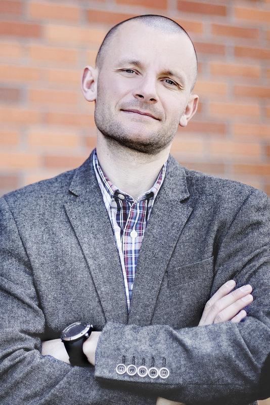 ZBIGNIEW NOWICKI MANAGING DIRECTOR BLUERANK